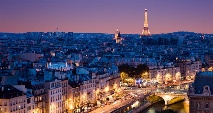 Paris är en av Europas tio största huvudstäder.
