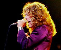 Led Zeppelins Robert Plant har en rockstrupe av guld. Bild: Jim Summaria