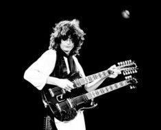 Jimmy Page är tveklöst en av rockhistoriens bästa gitarrister. Bild: Andrew Smith