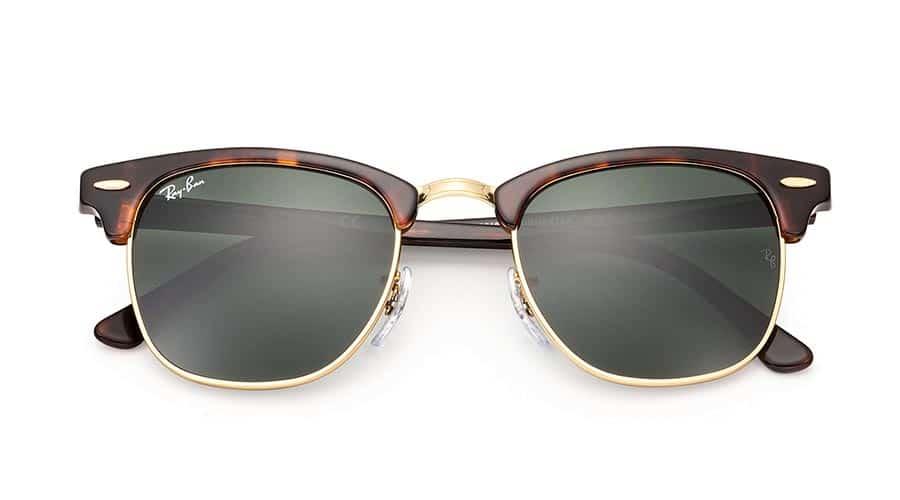 94873fe721eb30 En av de idag kanske vanligast förekommande modellerna i hipsterkretsar är  Ray-Bans klassiska Clubmaster. Den hornbågade glasögonmodellen har funnits  sedan ...